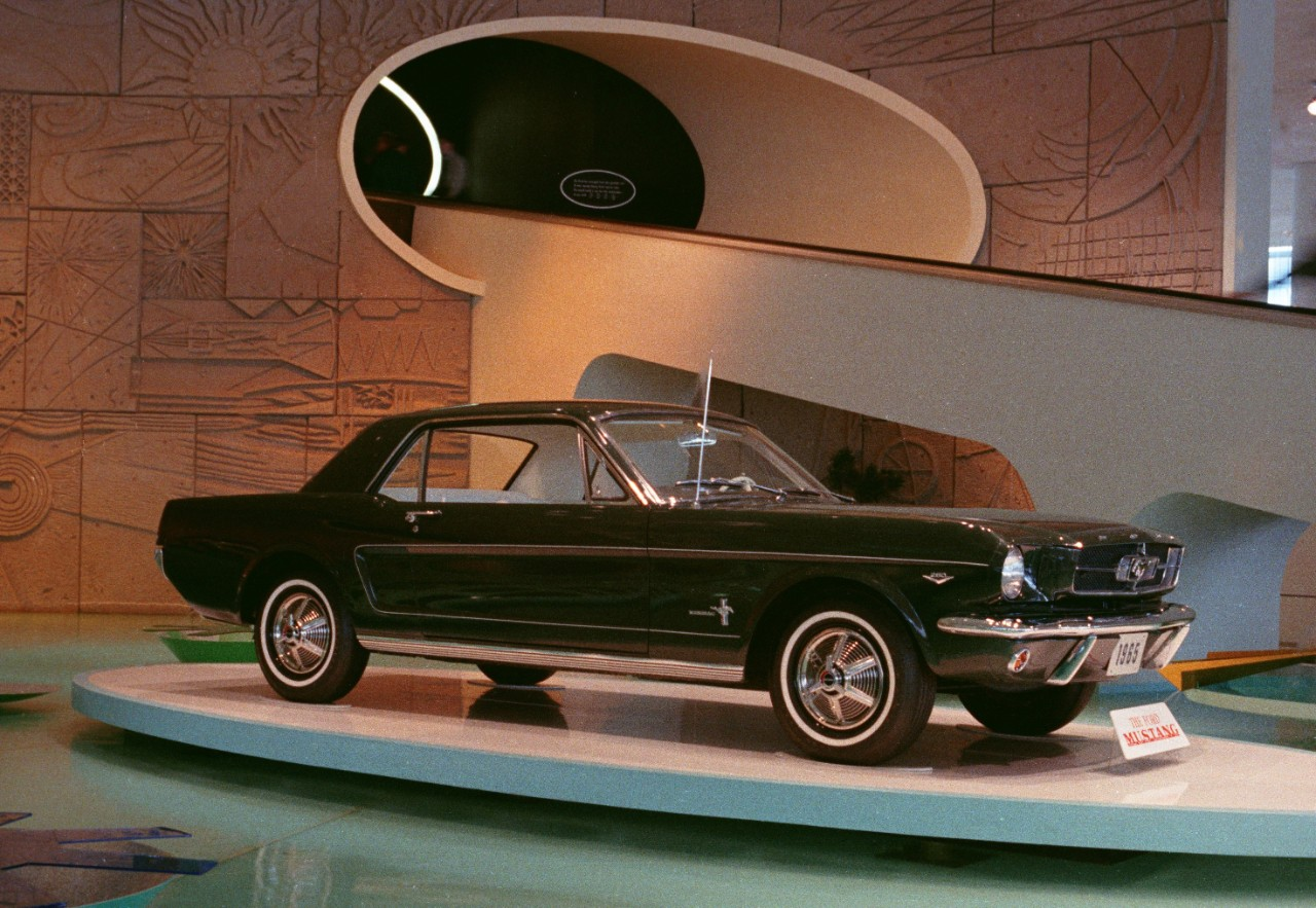 1964 Worlds Fair Ford Exhibit 1965 Mustang neg CN3430-231